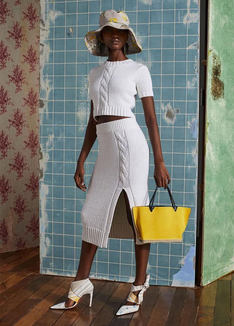 Мода 2019 года - фото в женской одежде 9