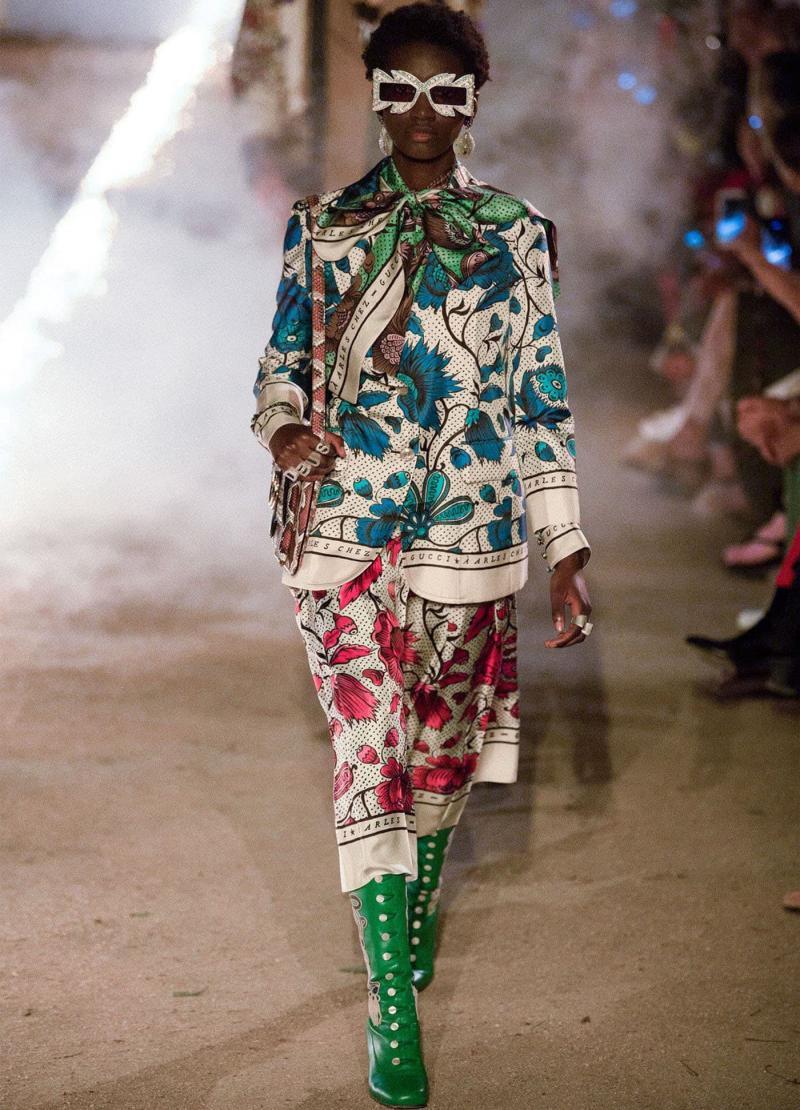 Модная женская одежда - фото 23