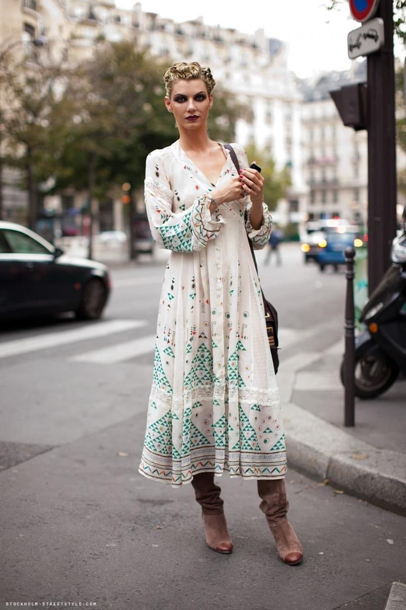 Платья и сапоги - фото 7