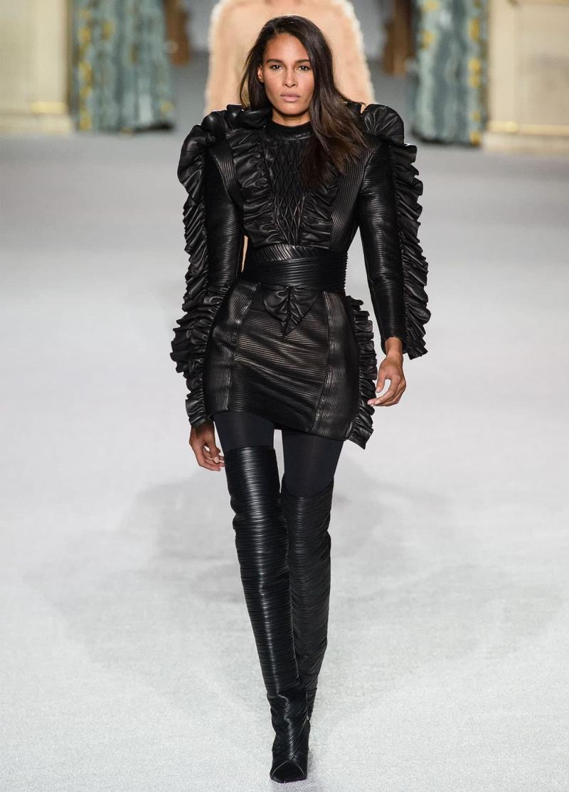 Модные сапоги 2019 - фото 17