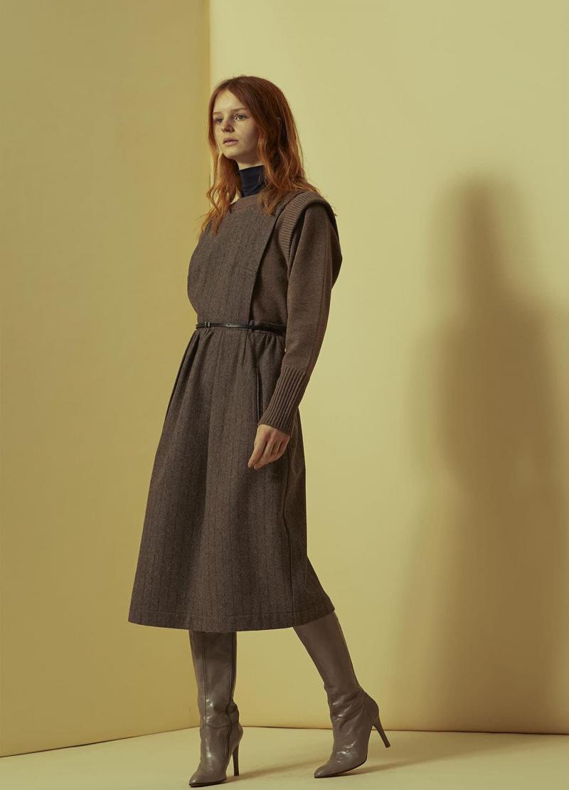 Модные серые сапоги - фото 11