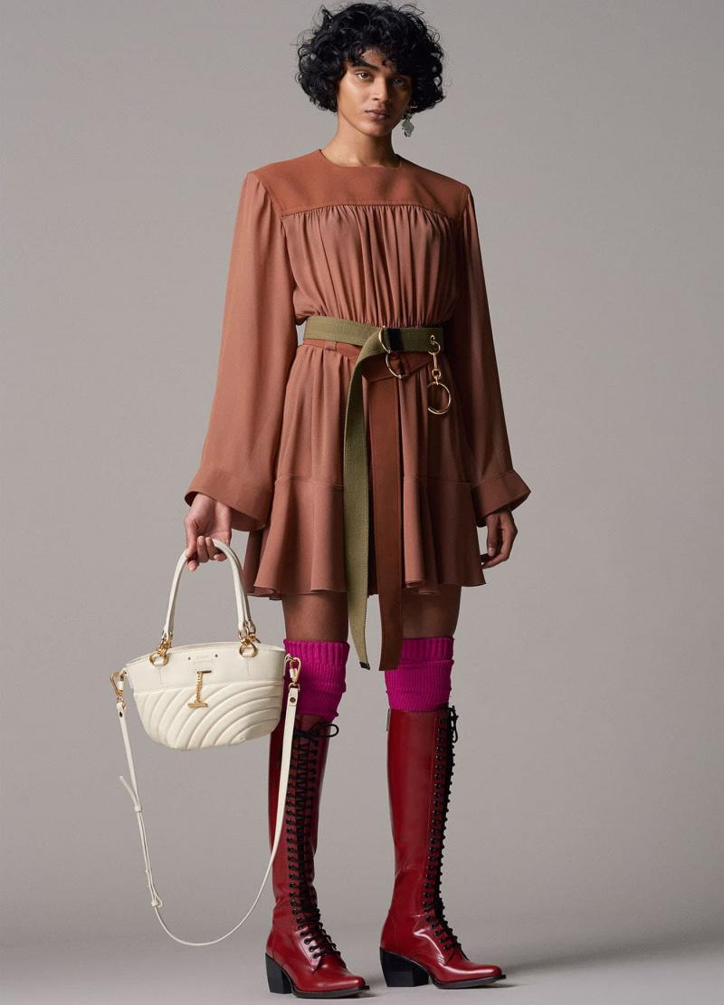 Модные бордовые сапоги - фото 12