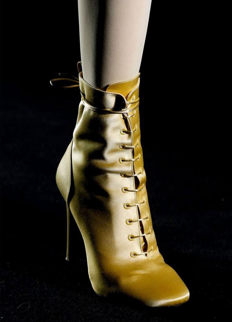 Модные желтые сапоги - фото 13