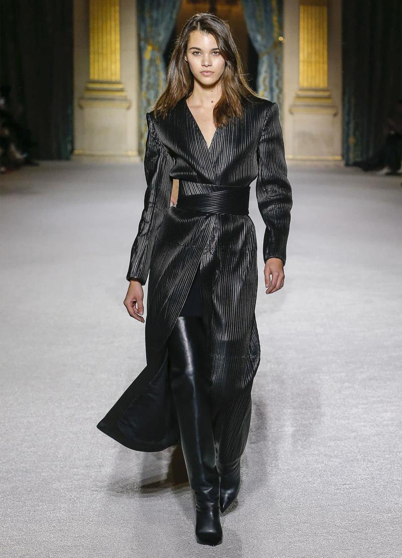 Модные женские сапоги - фото 19