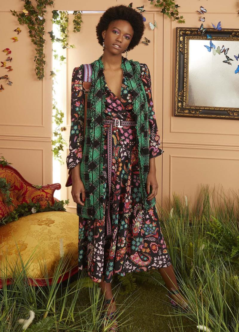 Модные цвета одежды осень-зима 24