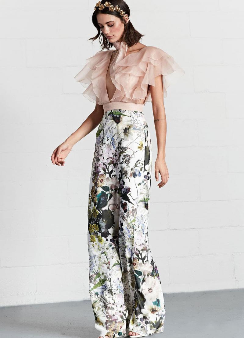 Мода 2018 года - фото в женской одежде 12