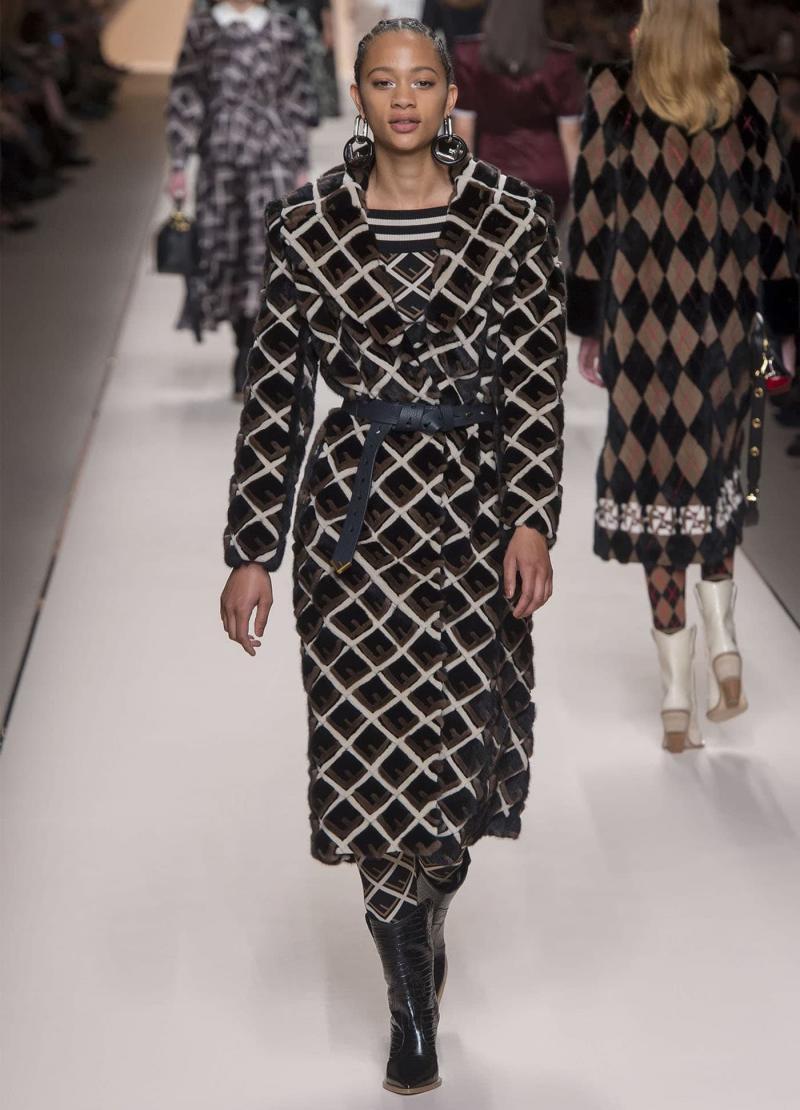 Модная женская одежда - фото 20